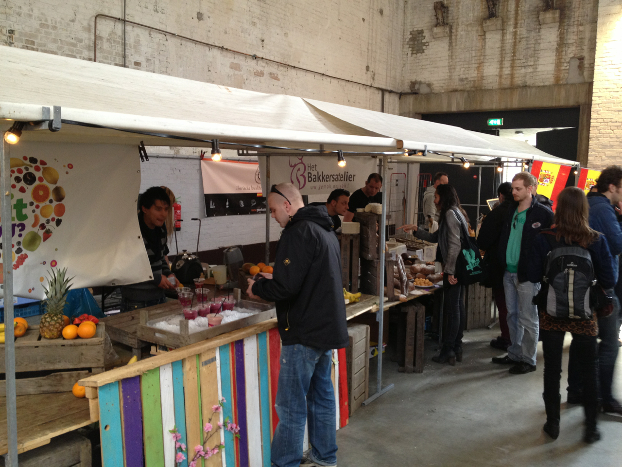 Neighbourfood market wholesome artisanal food market for Atelier cuisine tours