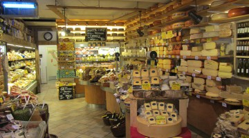A view of De Kaaskamer as seen when you enter de cheese shop