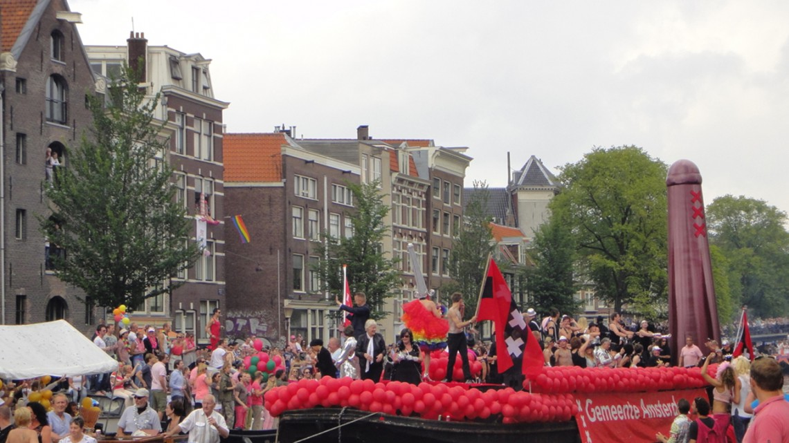 The boat of Amsterdam with red and black colours