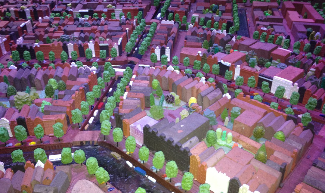 Close up of the model of the streets and canals around the canal belt