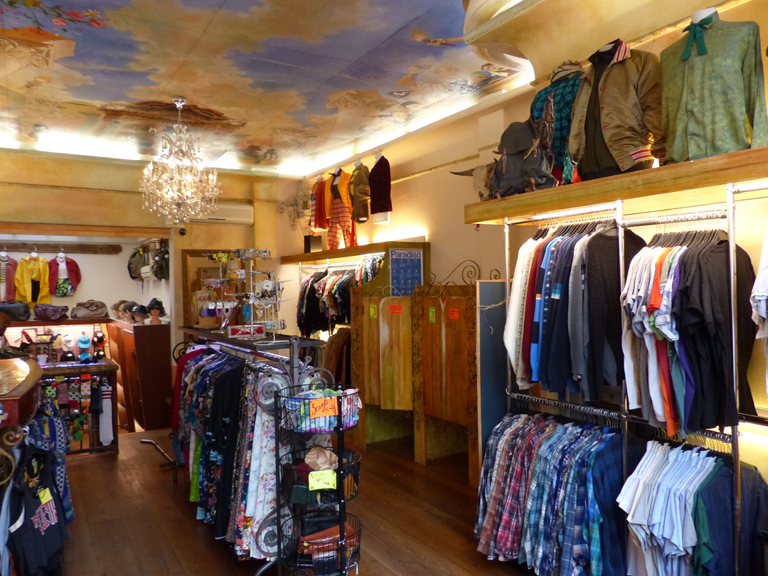 Zipper_Charming-vintage-clothing-shop-upstairs-1_Photo-by ...
